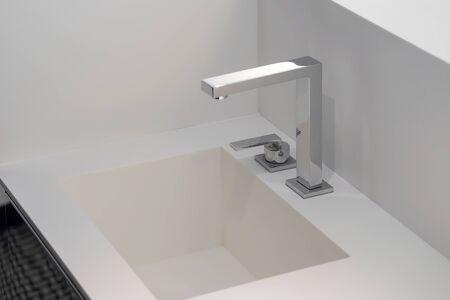 Photo pour Bathroom interior sink with modern design in luxury hotel. - image libre de droit
