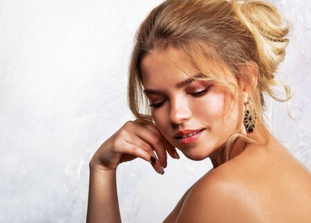 Photo pour Beauty portrait of female face. Fashion model young woman with make up and hairstyle. - image libre de droit
