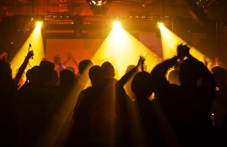 Photo pour Concert crowd - image libre de droit