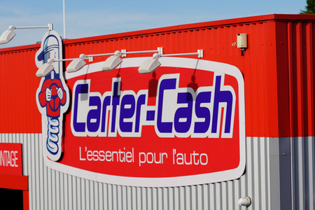 Bordeaux , Aquitaine / France - 10 30 2019 : carter cash Service facility logo shop sign Automotive facility store garage