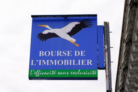 Bordeaux , Aquitaine / France - 06 06 2020 : Bourse de l'immobilier real estate shop sign and logo