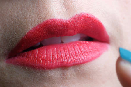 Photo pour Close up of  beautiful and sensual red lips - image libre de droit