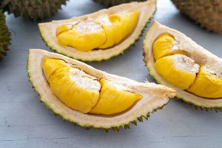 Photo pour Malaysia famous fruits durian musang king, sweet golden creamy flesh. - image libre de droit