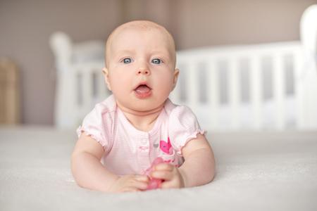 Photo pour Portrait of pretty baby girl. - image libre de droit