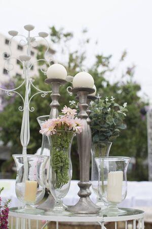 Foto für Outdoor catering dinner at the wedding with homemade garnishes decoration - Lizenzfreies Bild