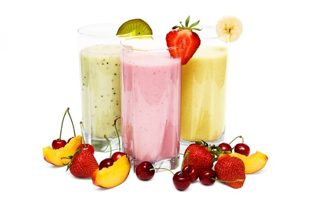 Photo pour Fruit smoothies with  cherry, strawberry and  peach isolated on white background - image libre de droit