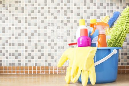 Photo pour House cleaning product on the table - image libre de droit