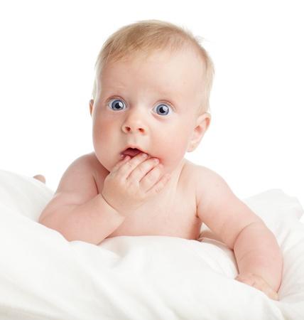 Photo pour Surprised baby isolated on white - image libre de droit