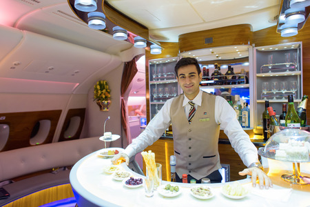 Photo pour HONG KONG - JUNE 18, 2015: Emirates Airbus A380 business class interior. Emirates is one of two flag carriers of the United Arab Emirates along with Etihad Airways and is based in Dubai. - image libre de droit