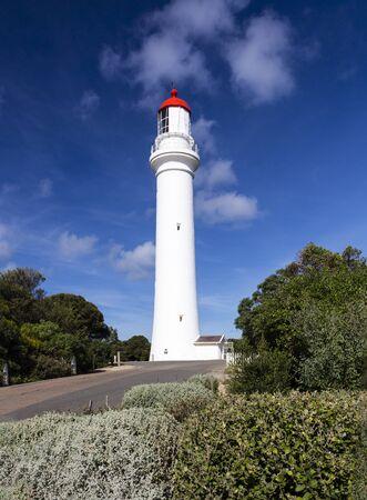 Photo pour Split Point Lighthouse a tourist attraction along  Great Ocean Road, Australia. - image libre de droit