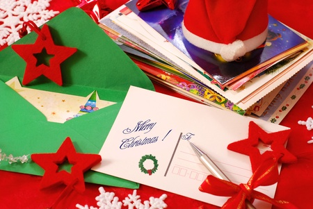 writing traditional greeting cards for christmas to family or friends