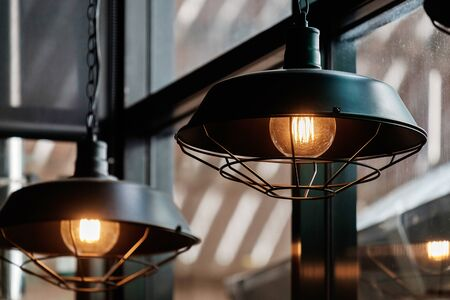 Foto de Vintage Retro Style Light Bulbs in the Resturant. - Imagen libre de derechos