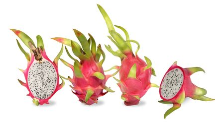 Photo pour Pink dragon fruit. Fruitage of cactus is tropical fruit. Have sweet refreshing flesh, soft, juicy with small black seeds like a sesame seeds sour and sweet taste. Feel refreshed when eating. Eaten by cutting in half lenghtways or across and then use a spoon to scoop. Dragon fruit are rich in dietary fiber and vitamin c. - image libre de droit