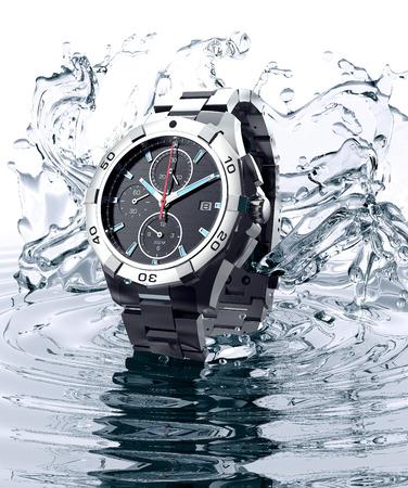 Photo pour beautifull watch raising out of water - image libre de droit