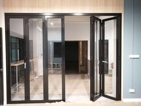 Photo pour Modern aluminum glass pattern on the architectural background - image libre de droit