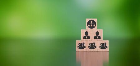 Photo pour Concept of network marketing with icons on wooden cubes - image libre de droit