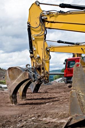 Photo pour construction machines on neu motorway in Germany - image libre de droit