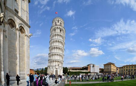 Leaning Tower of Pisa with beautiful sky Panoramic view