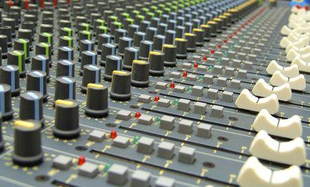 console de mixage audio / Audio mixing console