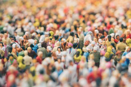 Photo pour Colorful miniature crowd. Multiracial gathering of people. - image libre de droit