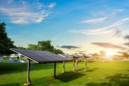 Photo pour Solar panel on blue sky background, Alternative energy concept,Clean energy,Green energy. - image libre de droit