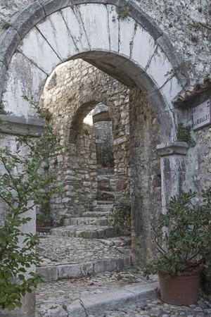 Narrow staircase alleys lead through the medieval Labin to the castleterliche Labin zur Burg