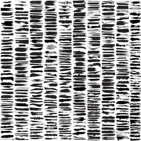 Illustration pour Large set of 450 different grunge brush strokes.  - image libre de droit