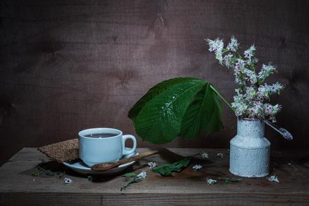 Photo pour Still life- flower bouquet. Style rural- classical concept - image libre de droit
