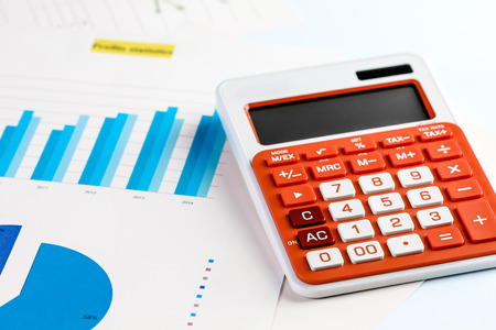 Business graph analysis with calculator