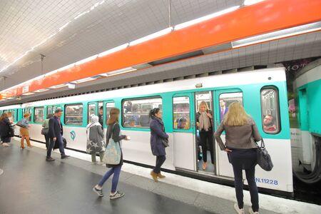 Photo pour Paris France - May 22, 2019: People commute by subway Paris France - image libre de droit