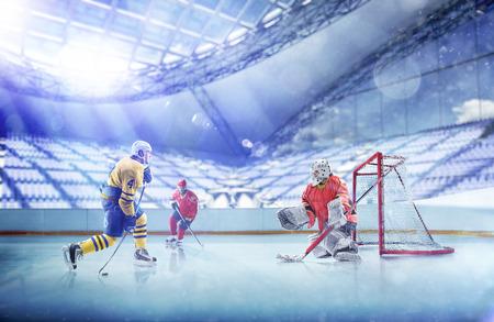 Foto de Professional hockey players in action on grand arena - Imagen libre de derechos