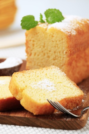 Slices of pound cake on a cutting board
