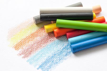 Photo pour oil pastels on white background - image libre de droit