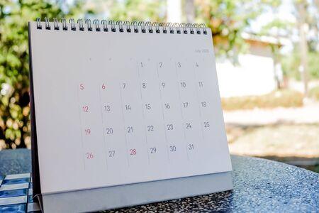Photo pour Close up calendar 2020 on white tone in planning concept. - image libre de droit