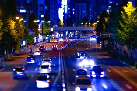 Photo pour A night miniature urban city street near Tokyo tower in Tokyo - image libre de droit
