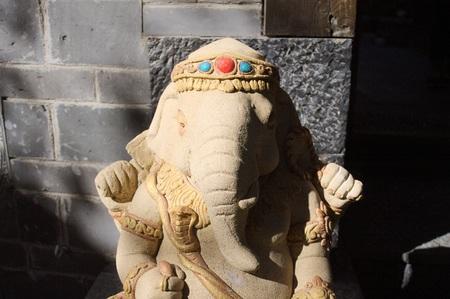 Ganesha statue - Hinduist religion (Old Town of Lijiang, Yunnan, China)