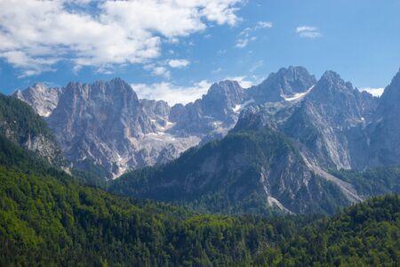 Photo pour gorgeous view of moutain Spik in Julian Apls, Slovenia - image libre de droit