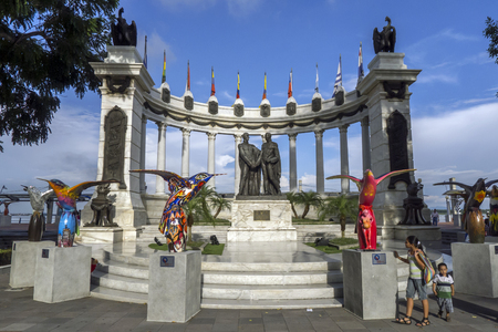 The Hemiciclo Rotunda in Guayaquil in Ecuador. The Rotunda, which is surrounded by colourful bird sculptures, is located on the banks of the Guayas River at the intersection of the avenues Nueve de Octubre and Malecon Simon Bolivar. Also known as the Conf