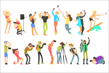 Illustration pour Flat vector set of people taking pictures. Selfie and professional photographs. Photographers with digital cameras. Guys and girls with phones - image libre de droit