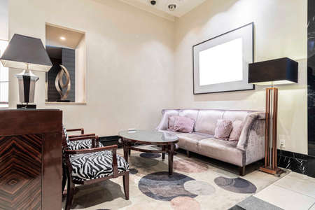 Photo pour Luxurious chairs and sofas at the reception area in the living room at home - image libre de droit