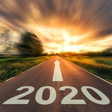 Photo pour New Year Concept : Empty asphalt road sunset and New Year 2020. - image libre de droit