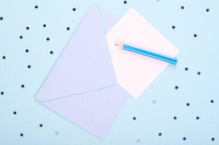 Photo pour Pencil and letter with envelope, writing mail. - image libre de droit