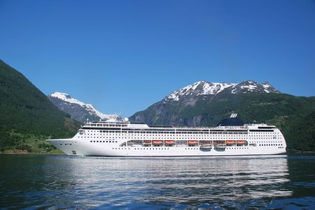 Passenger ship in Geiranger