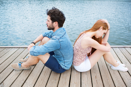 Photo pour Young couple having relationship problems - image libre de droit