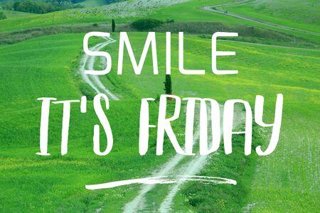 Photo pour Smile it's Friday - social media motivational banner. - image libre de droit