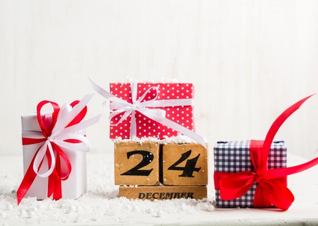 Photo pour Eve, Christmas. December 24th. Winter time. Light blank for a postcard or congratulations - image libre de droit
