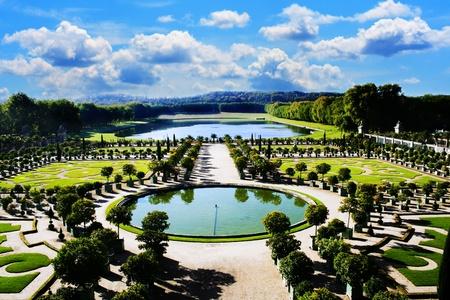 Foto de Versailles, royal garden in Paris - Imagen libre de derechos