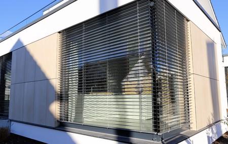 Photo pour Window with modern shutter, exterior shot - image libre de droit