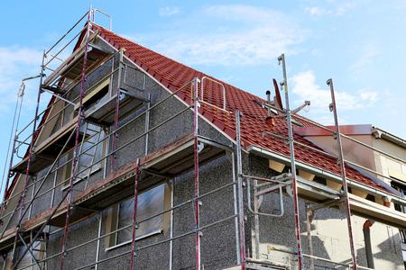 Photo pour Residential home with professional thermal plant - image libre de droit