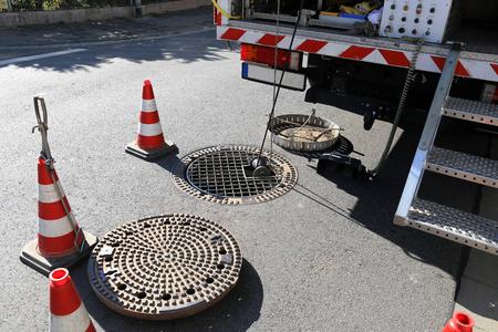 Photo pour Sewer camera inspection - image libre de droit